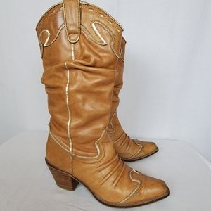 Very Volatile sz 7.5 tan Rawhide leather boots